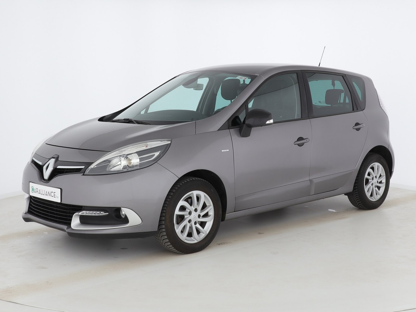 Renault – Scenic – LIMITED